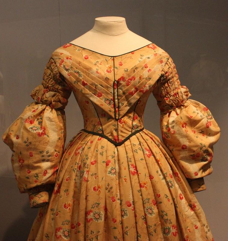late-1830s-dress