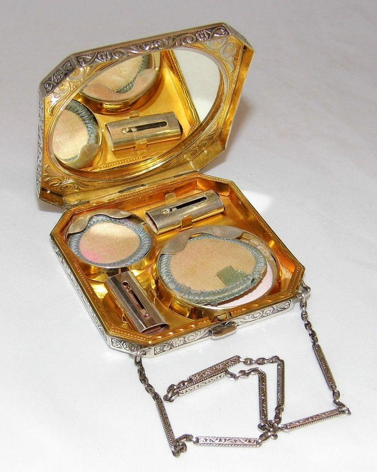 1920s Compact